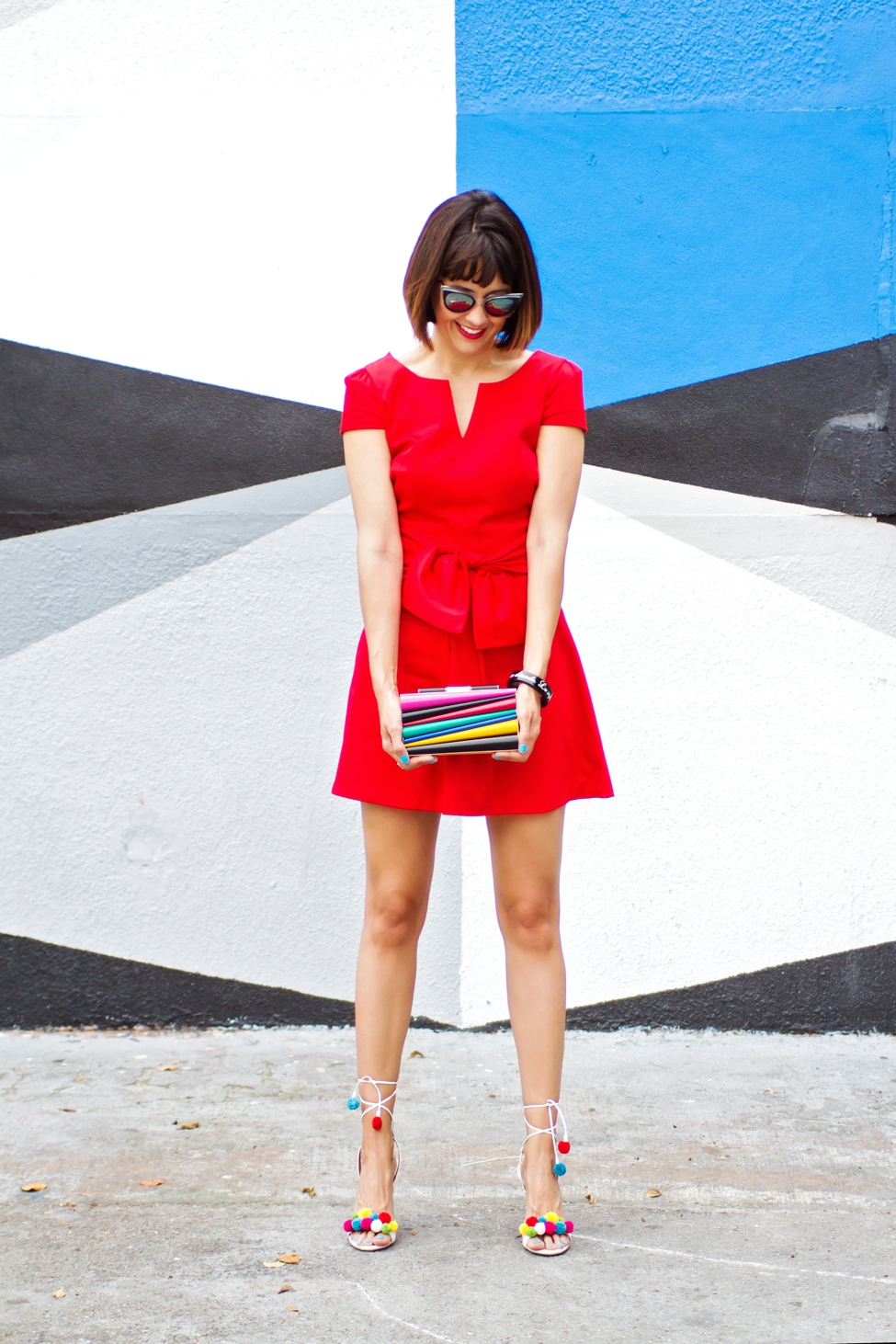 Wear Where Well Camilyn Beth red dress Sara Battaglia Ferragamo clutch_0019