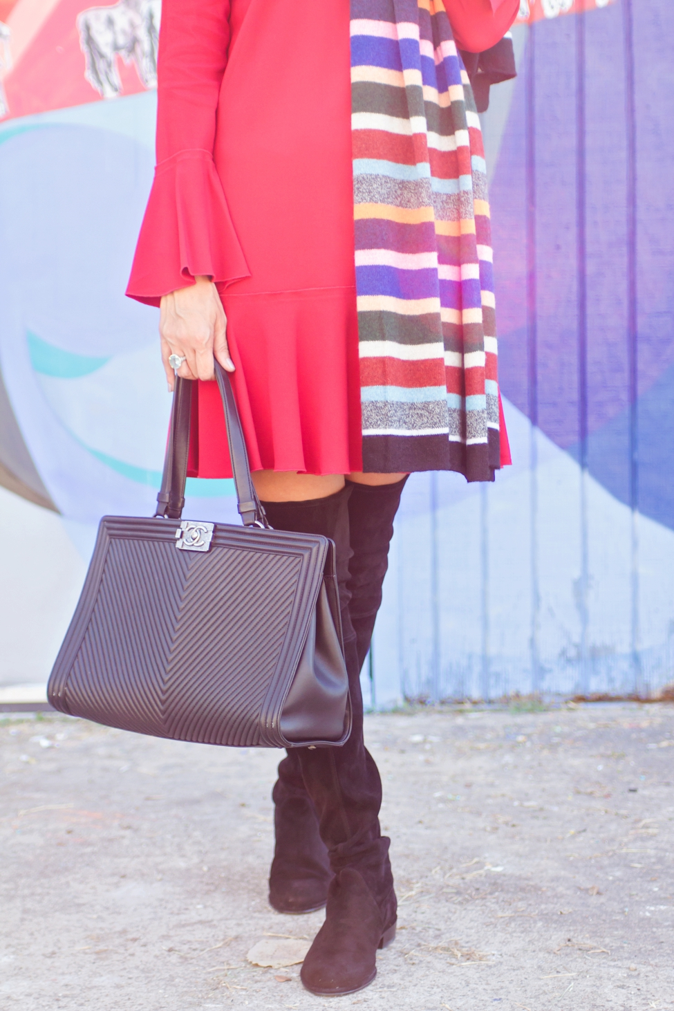 wear-where-well-theory-bell-sleeve-red-dress-colorful-striped-scarf_0006