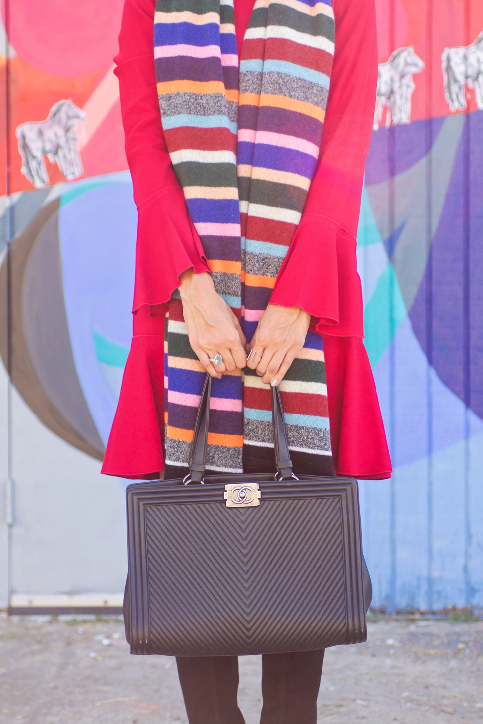 wear-where-well-theory-bell-sleeve-red-dress-colorful-striped-scarf_0015