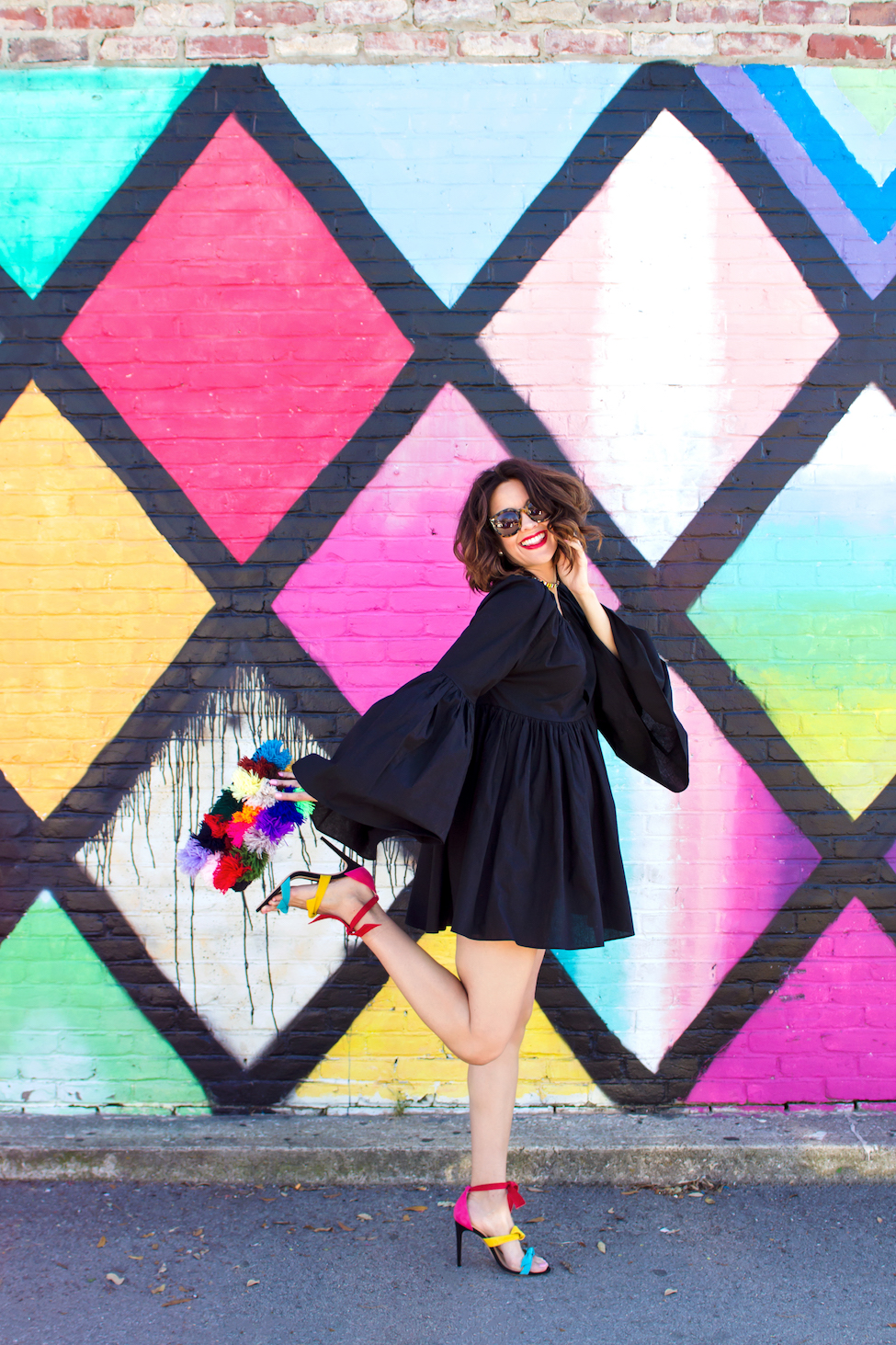 Your Guide To The Best Colorful Walls In Dallas Carrie