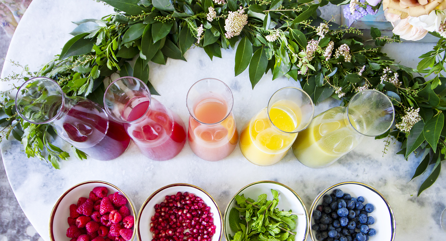 3 Easy Steps To Create The Prettiest DIY Mimosa Bar
